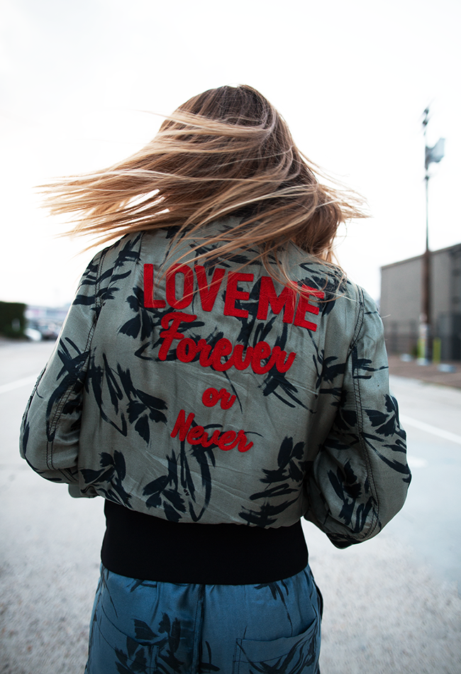 Native Fox - Jennifer Grace : Love Me - Photo 2: Andrea Pompilio, Loewe