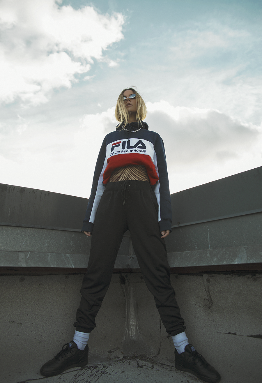 Native Fox - Jennifer Grace : High - Photo 2: Acne, Editorial, Fila, Gosha Rubchinskiy, Reebok