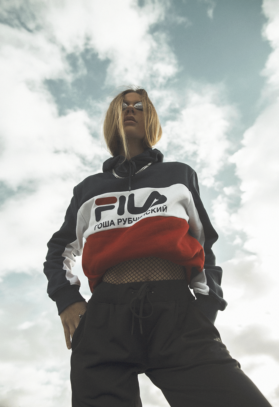 Native Fox - Jennifer Grace : High - Photo 5: Acne, Editorial, Fila, Gosha Rubchinskiy, Reebok