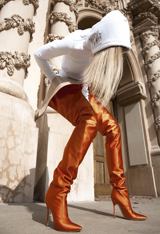 Native Fox - Jennifer Grace : L'Orange - Photo 2: Vetements