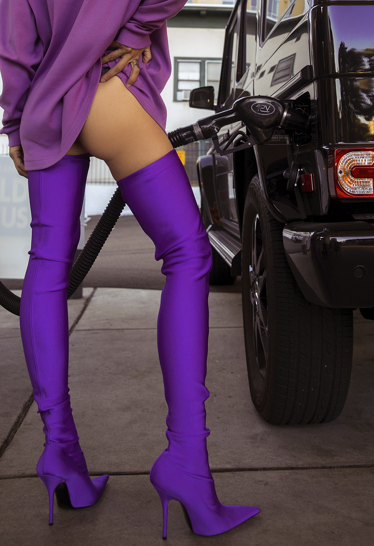 Native Fox - Jennifer Grace : Violet - Photo 1: Balenciaga