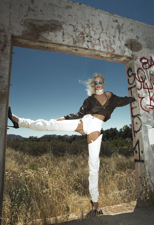 Native Fox - Jennifer Grace : Cleveland - Photo 5: Celine, Louis Vuitton, Puma, Y/Project
